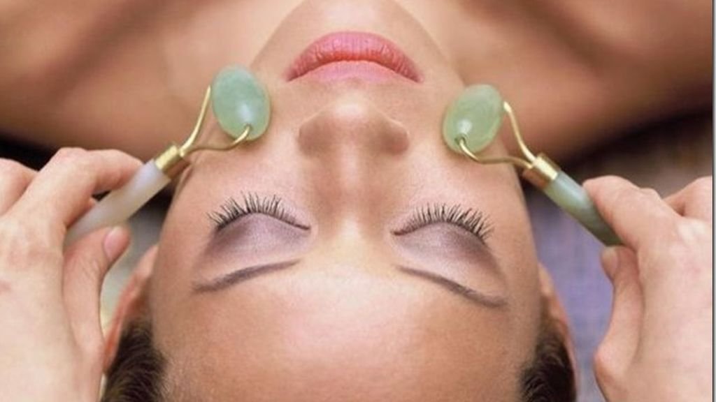 Las piedras preciosas servirán para suavizar el rostro.