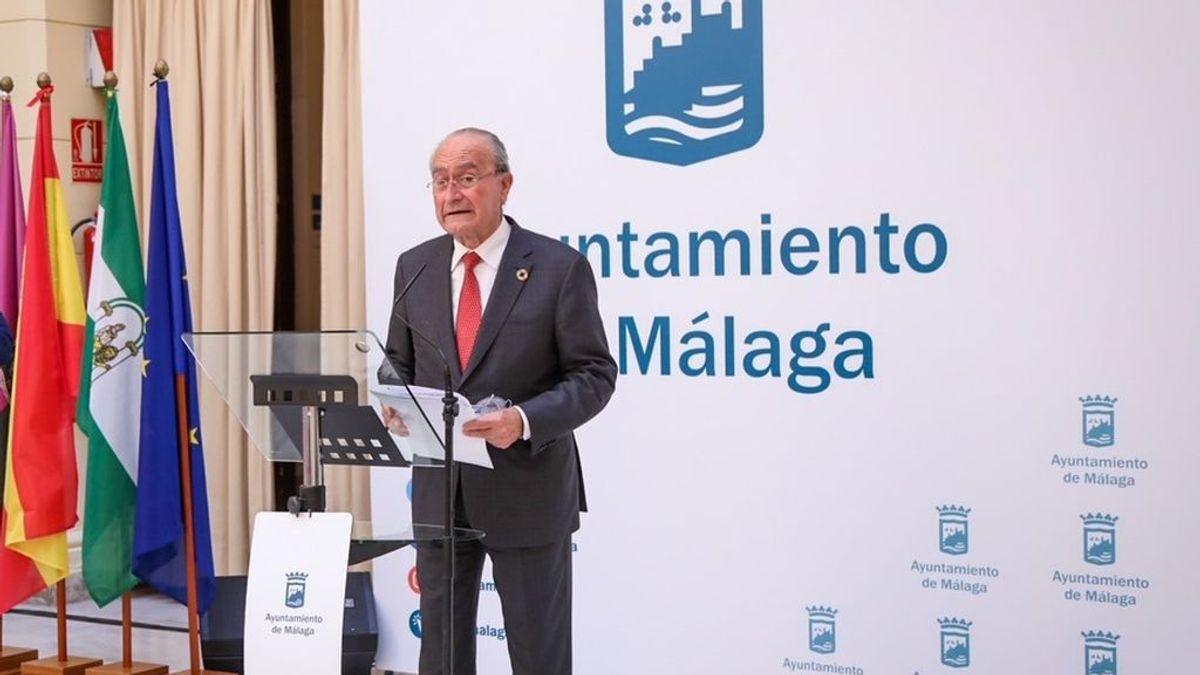 """Críticas al alcalde de Málaga por defender """"sacrificar nuestra movilidad"""" para garantizar """"espacios seguros a los turistas"""""""