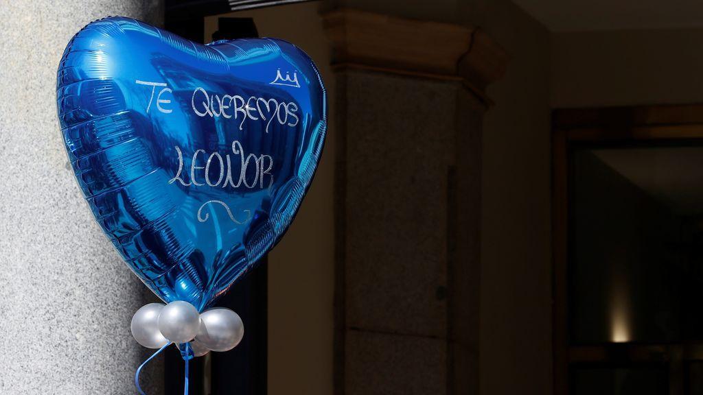 Detalle de un globo en honor a la princesa Leonor