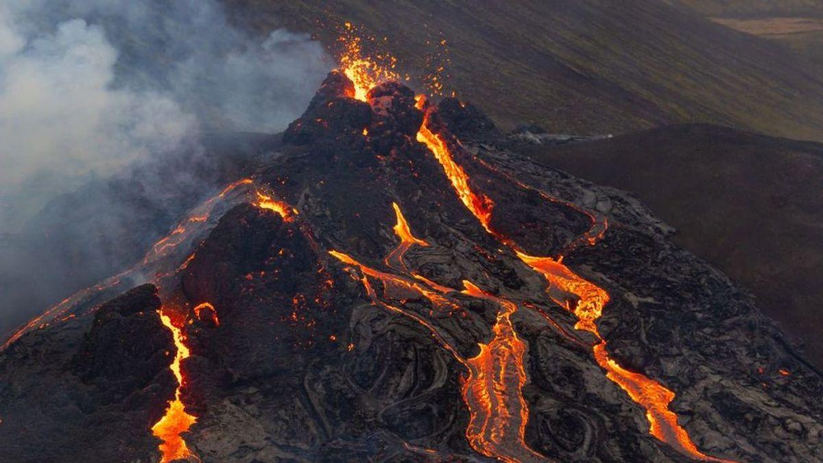 Sigue en directo la erupción del volcán islandés Fagradalsfjall