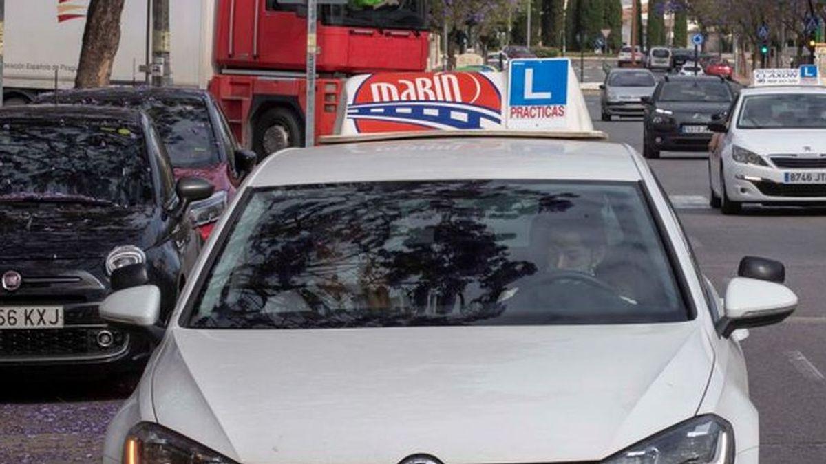 Trafico convoca 35 nuevas plazas para examinadores del carné de conducir