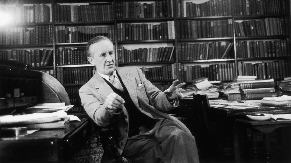 La nueva edición de 'El señor de los anillos' incluirá dibujos e ilustraciones inéditas de Tolkien