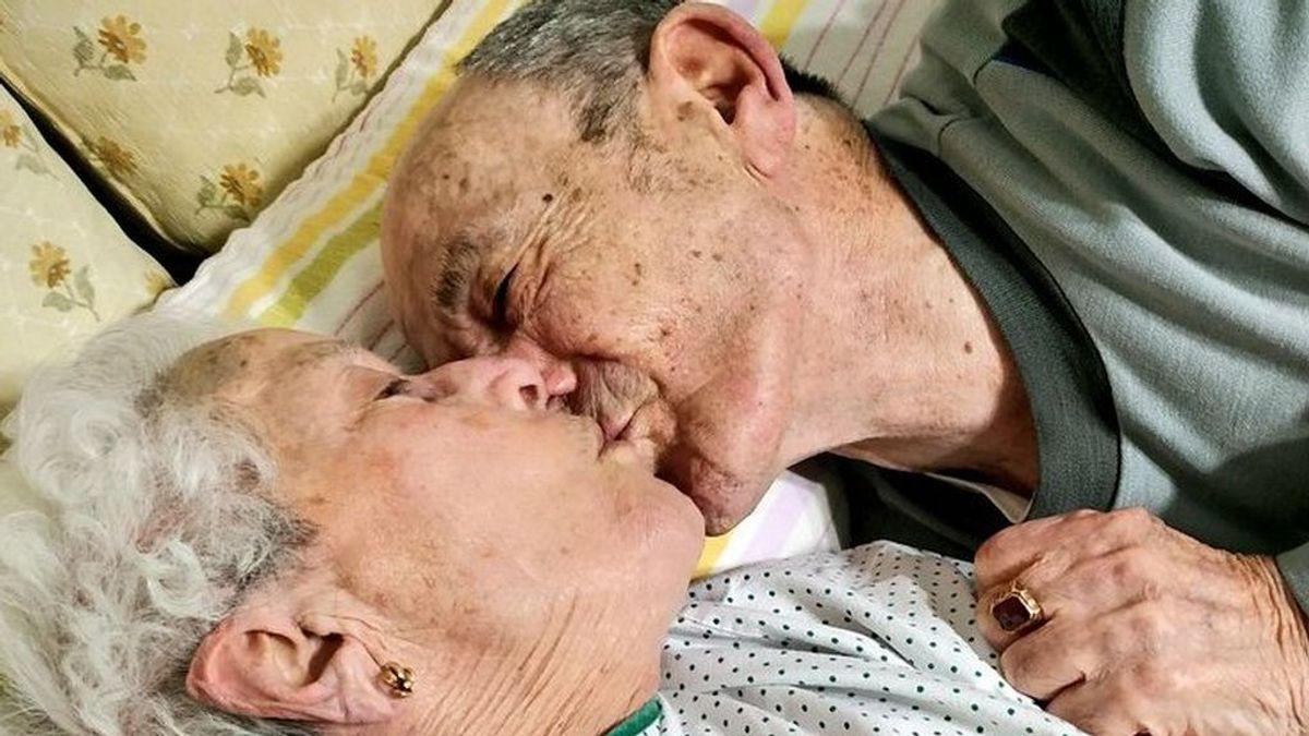 """Salir del hospital después de semanas y darle una sorpresa a tu marido: """"el reencuentro más bonito de la historia"""""""