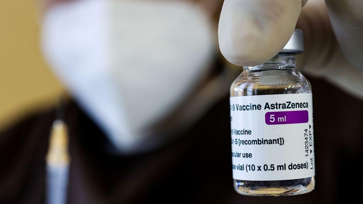 """Los 7 síntomas de AstraZeneca por los que hay que pedir """"atención médica inmediata"""""""