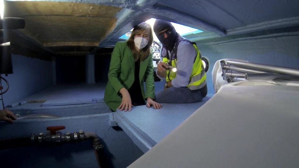 Informativos Telecinco entra en el primer narcosubmarino europeo apresado en España