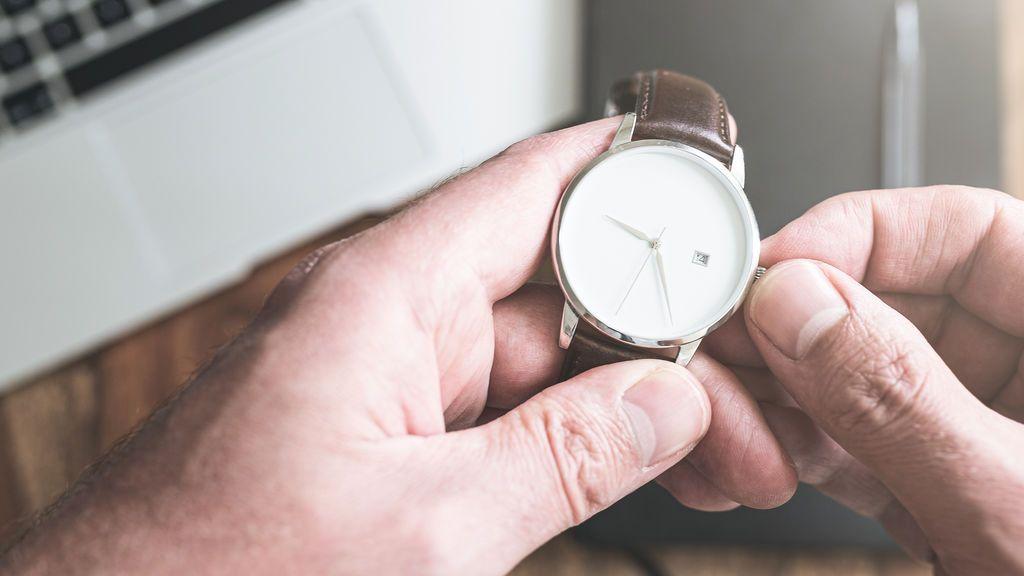 Cambio de hora en España: ¿a favor o en contra de adelantar el reloj?