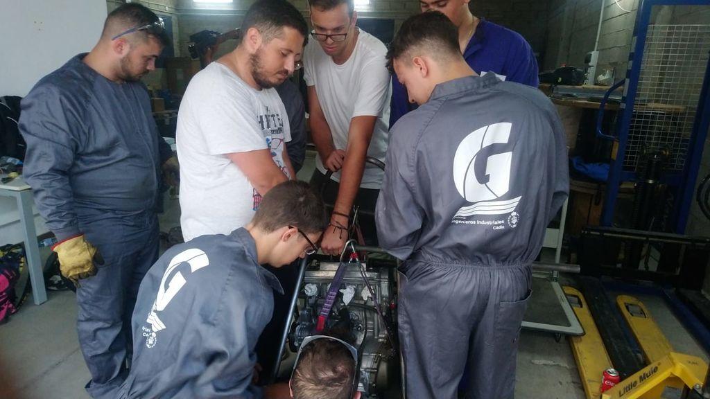Parte del equipo de Fórmula Gades de Cádiz.