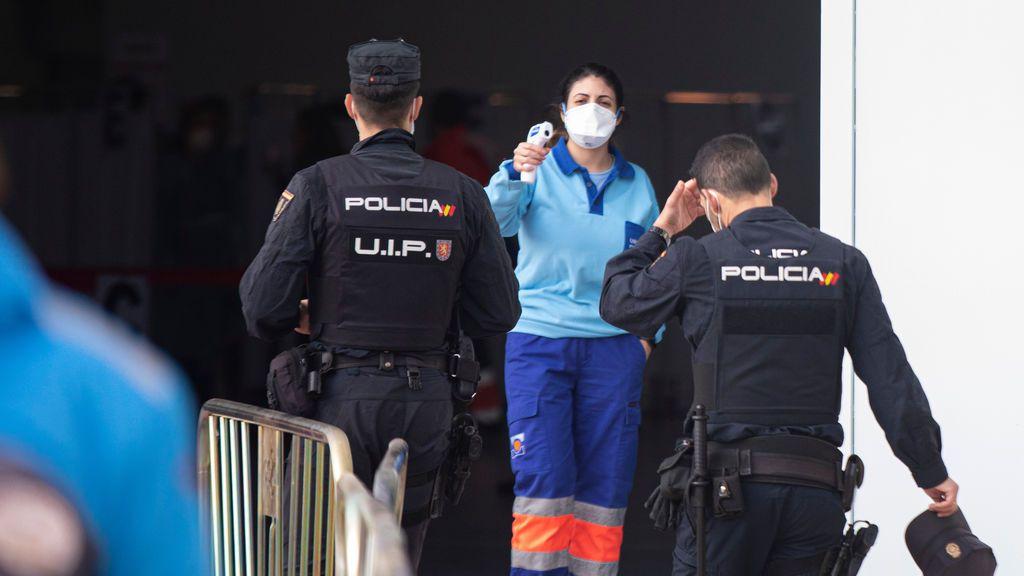 El SUP reclama en los tribunales que se vacune a los policías nacionales menores de 60 años destinados en Cataluña
