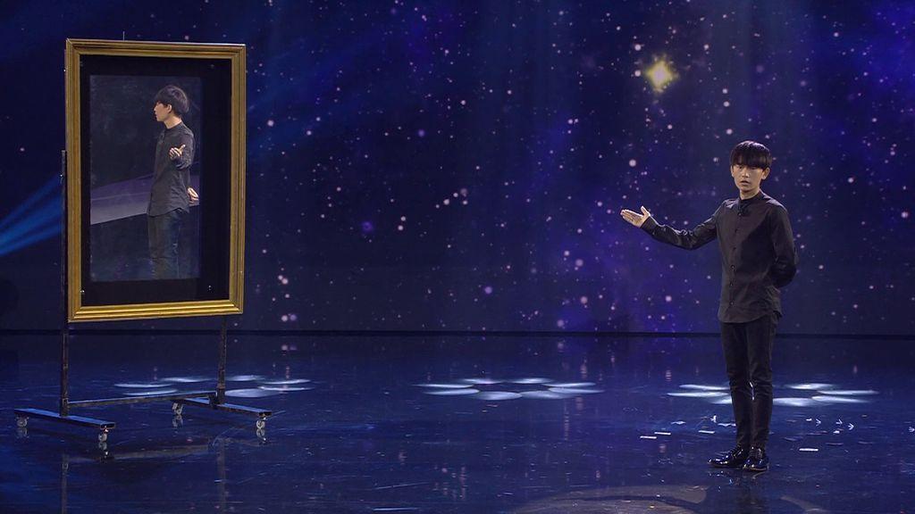 Yao mezcla de nuevo como nadie la magia y el humor