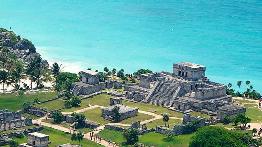 En México hay playa, pero también ruinas maya.