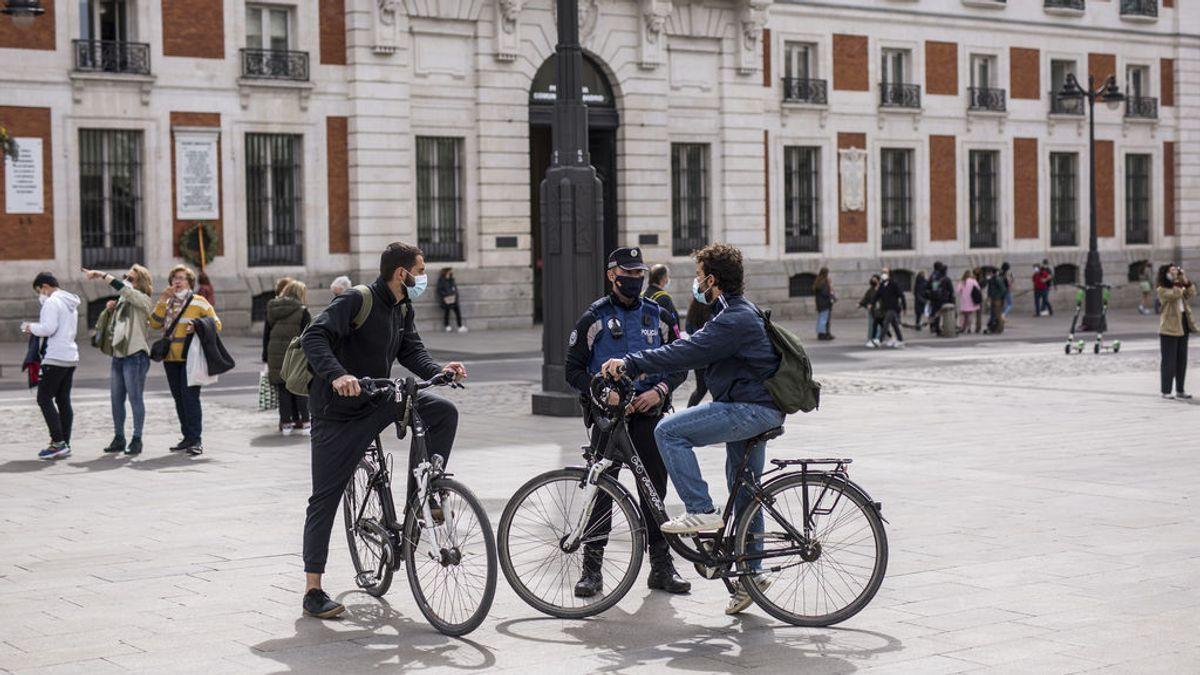 Los contagios aumentan en 15 comunidades, se desbocan en Navarra y bajan en el 'oasis' valenciano