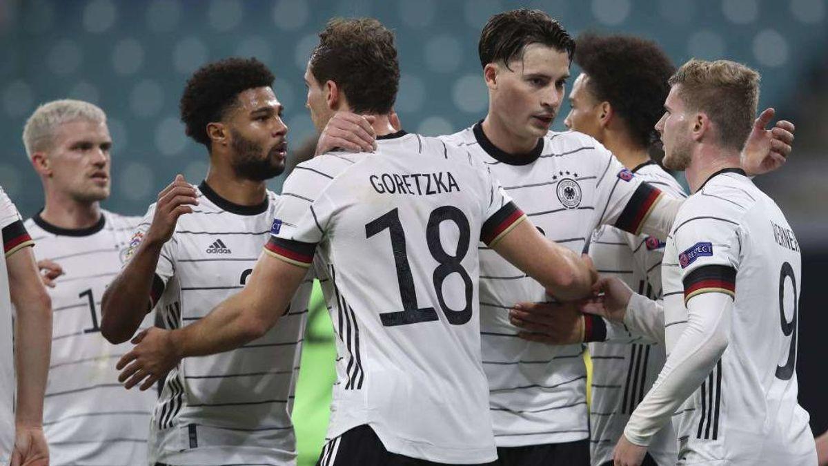Rumanía – Alemania, duelo de favoritas del grupo J este domingo a las 20:45 horas en Cuatro y mitele.es