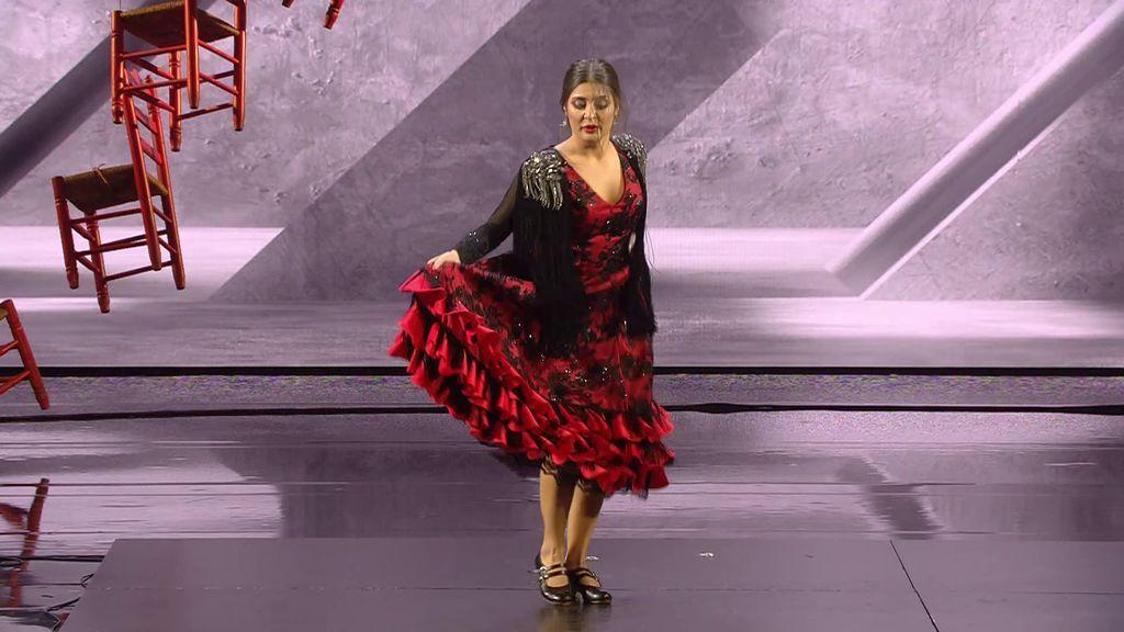 El arte flamenco de María Cruz vuelve a enamorar a todos