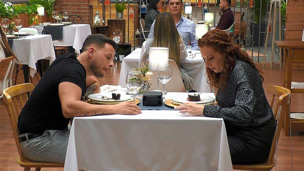 Estefanía y Antonio en el programa 'First Dates'
