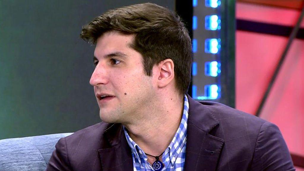 Julián Contreras se rompe al contar una agresión a su madre