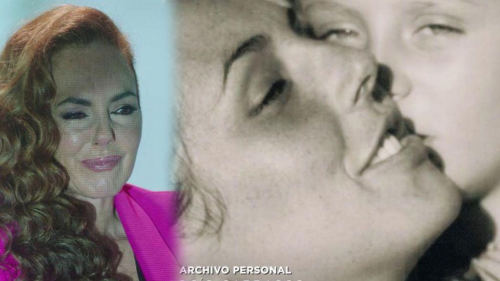 Rocío Carrasco llora por su hija Rocío Flores