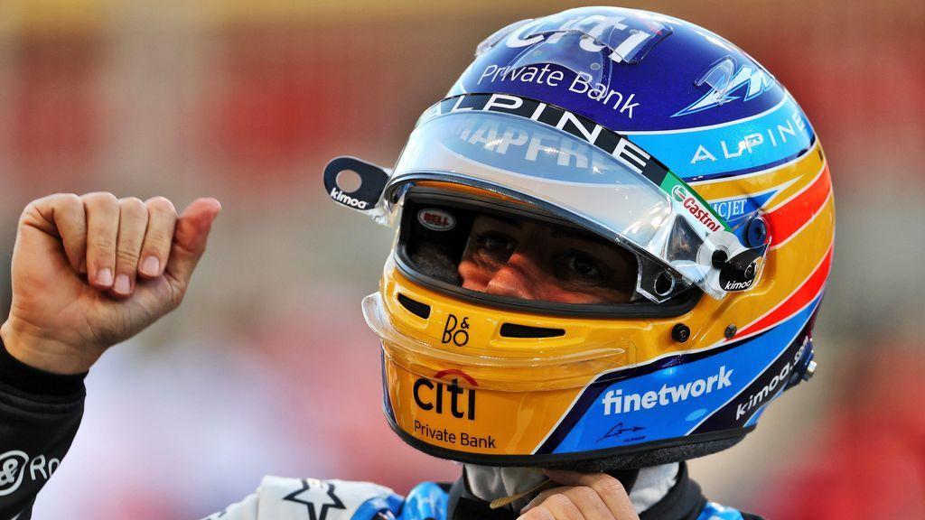 Victoria de Verstappen en Bahrein: Fernando Alonso se retiró  a las 34 vueltas en su regreso a la Fórmula 1