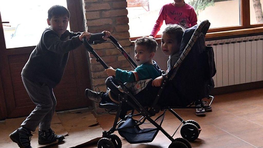 Bruselas lanza una estrategia contra la pobreza infantil y la violencia contra los niños (SS)