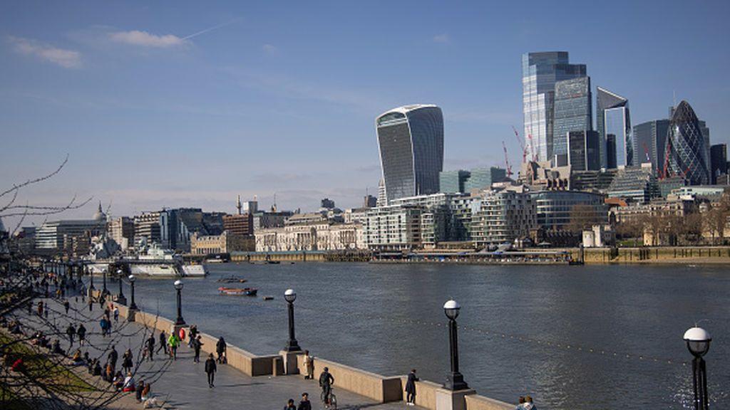 La City de Londres quiere recuperar la corona perdida