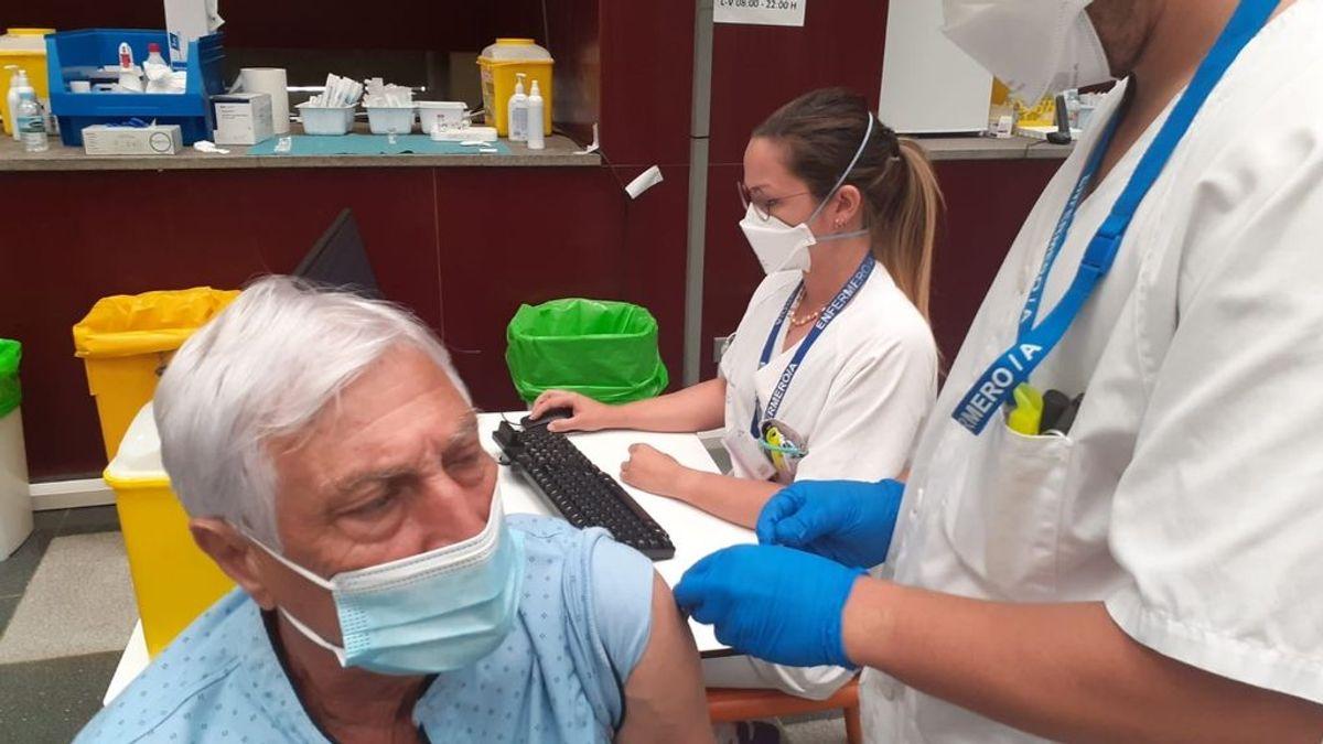 Madrid empezará a vacunar la próxima semana a la población de 77, 78 y 79 años de edad