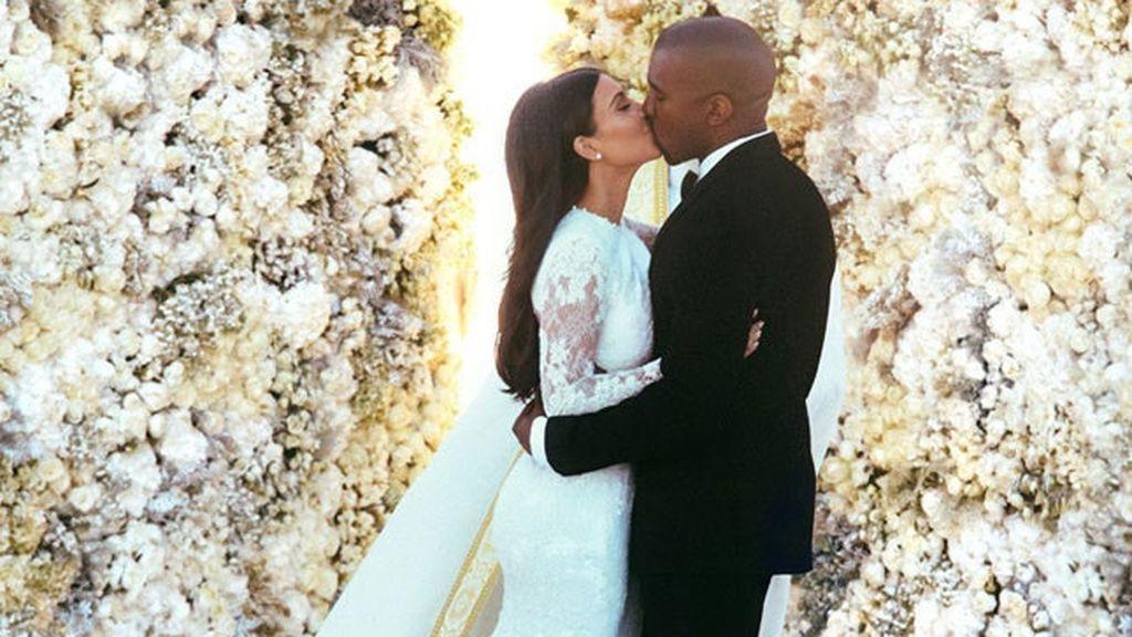 En su boda con Kanye West, Kim Kardashian optó por el perfume de su propia firma.