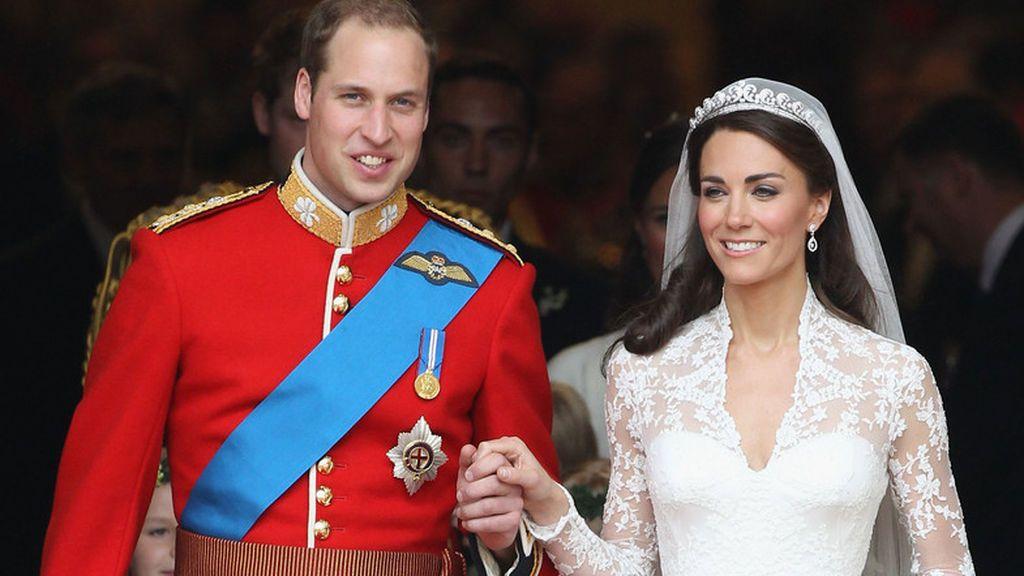 Aunque Kate Middleton optó por un perfume más actual.