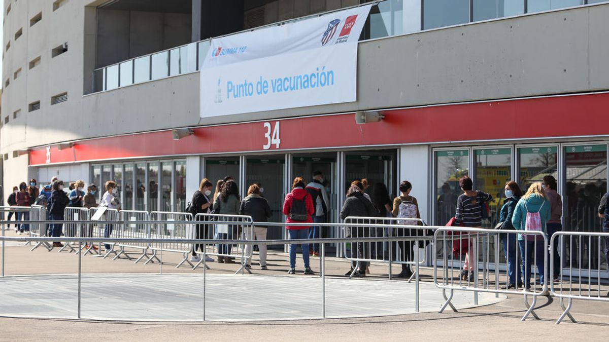 Madrid supera el millón de vacunados con al menos una dosis mientras suben los casos