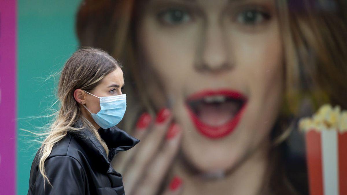 """La baja eficacia de AstraZeneca ante los casos asintomáticos de la variante británica, """"preocupante"""" para el control de la pandemia"""