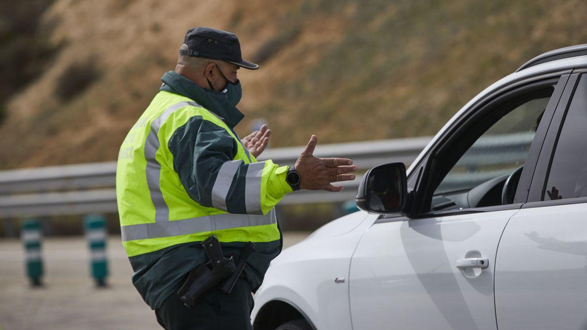 La circulación en carreteras es intensa a pesar del cierre perimetral de Semana Santa