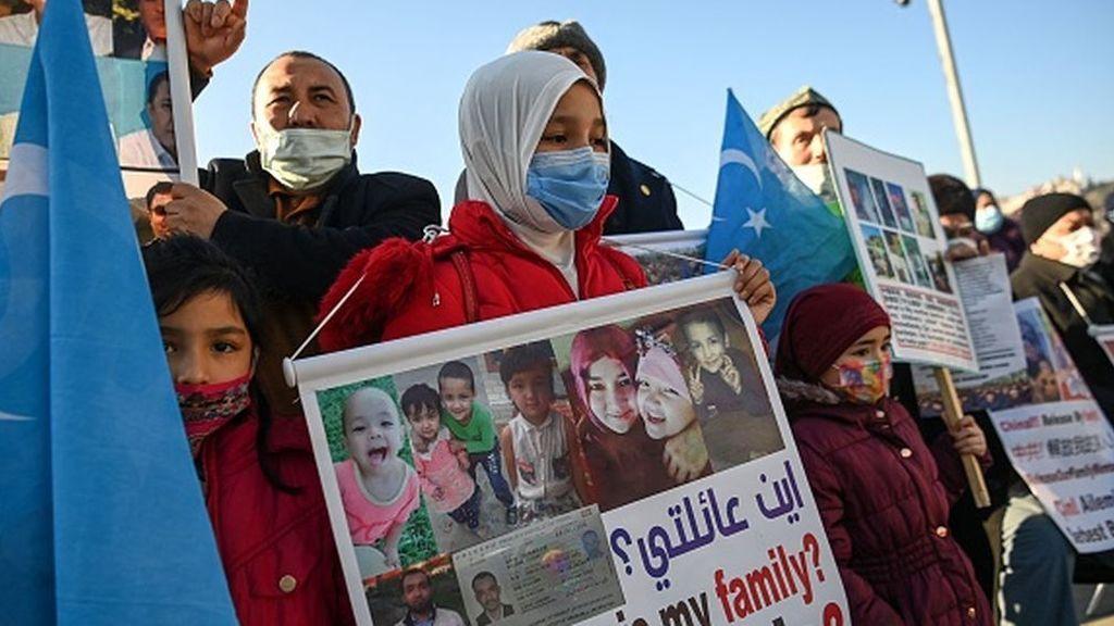 """EE.UU. acusa a China de """"genocidio"""" contra los uigures en su informe de derechos humanos"""