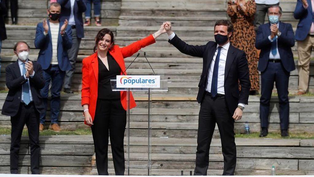 """Casado dice que la """"victoria arrolladora"""" de Ayuso en Madrid será la clave para que él llegue a La Moncloa"""