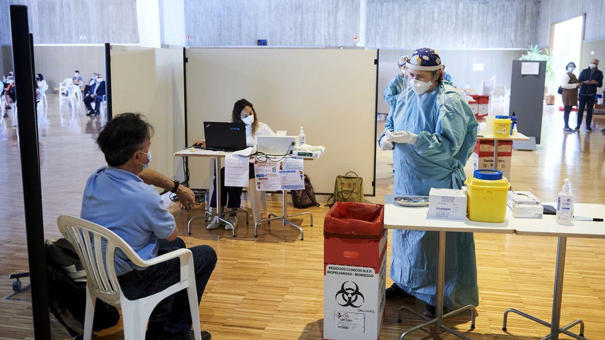 España ha administrado más de 300.000 dosis de las vacunas contra la Covid-19 en las últimas 24 horas