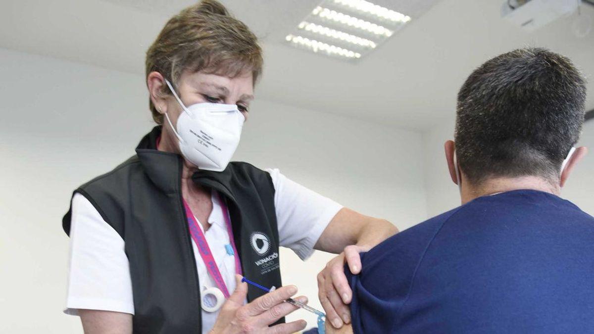 Las comunidades reciben nuevas dosis de AstraZeneca para seguir vacunando