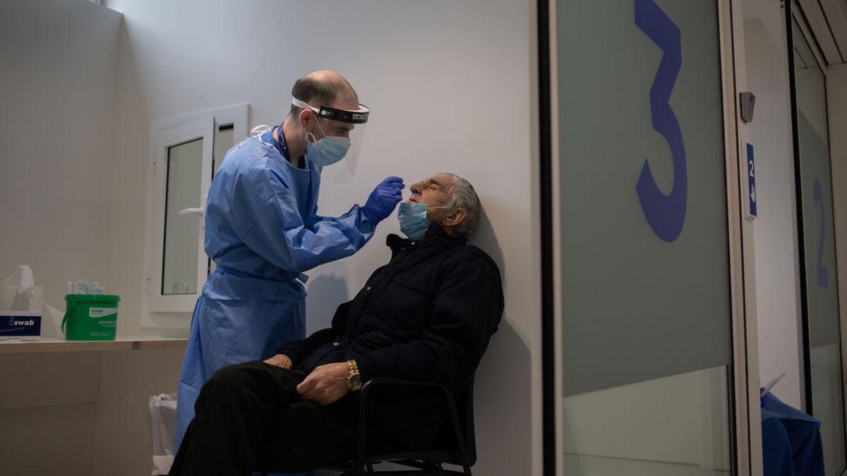 La velocidad de contagio y el riesgo de rebrote siguen escalando posiciones en Cataluña