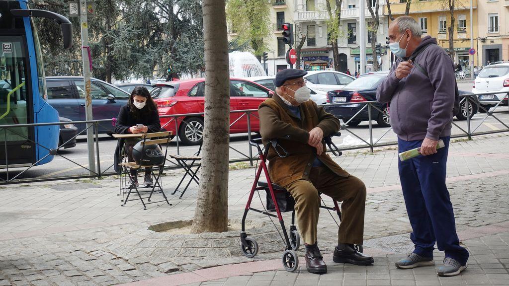 La discriminación de las personas mayores comienza por el lenguaje