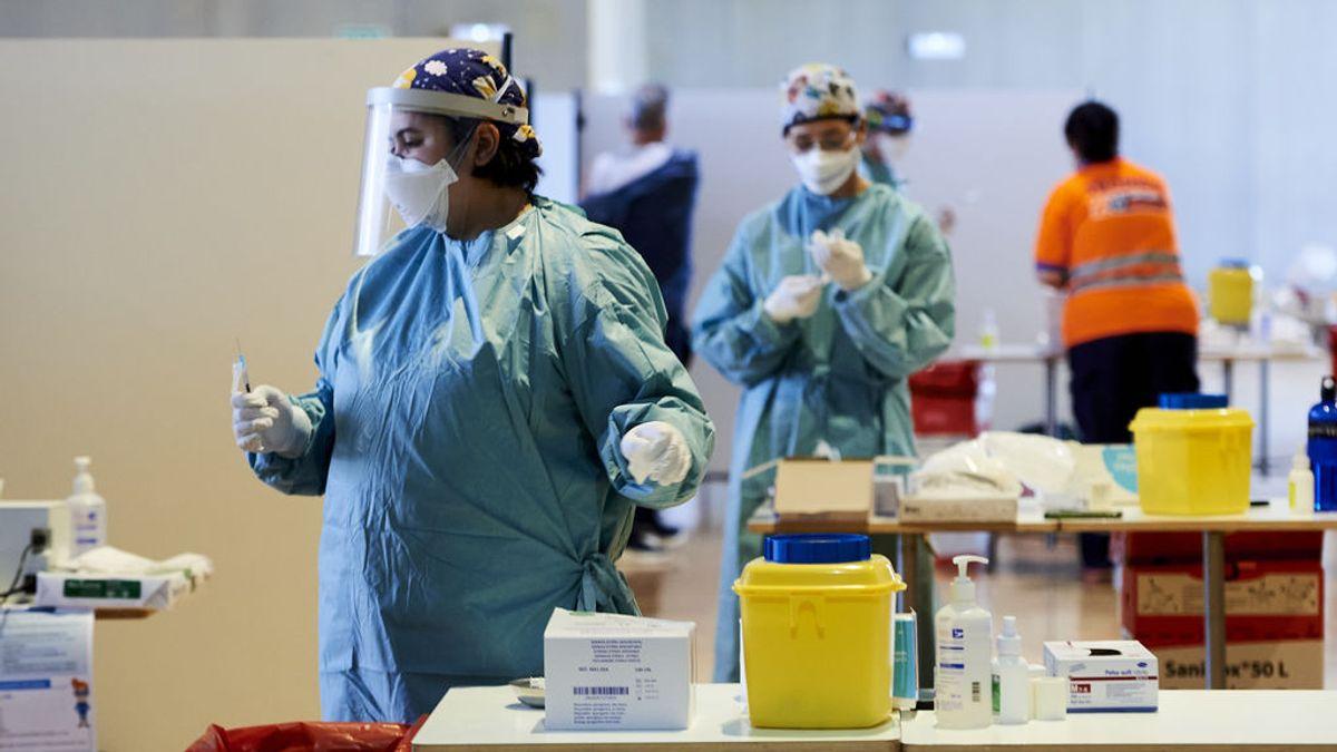 Sanidad notifica 9.571 nuevos casos y 157 muertes desde el jueves, con la incidencia bajando a 151
