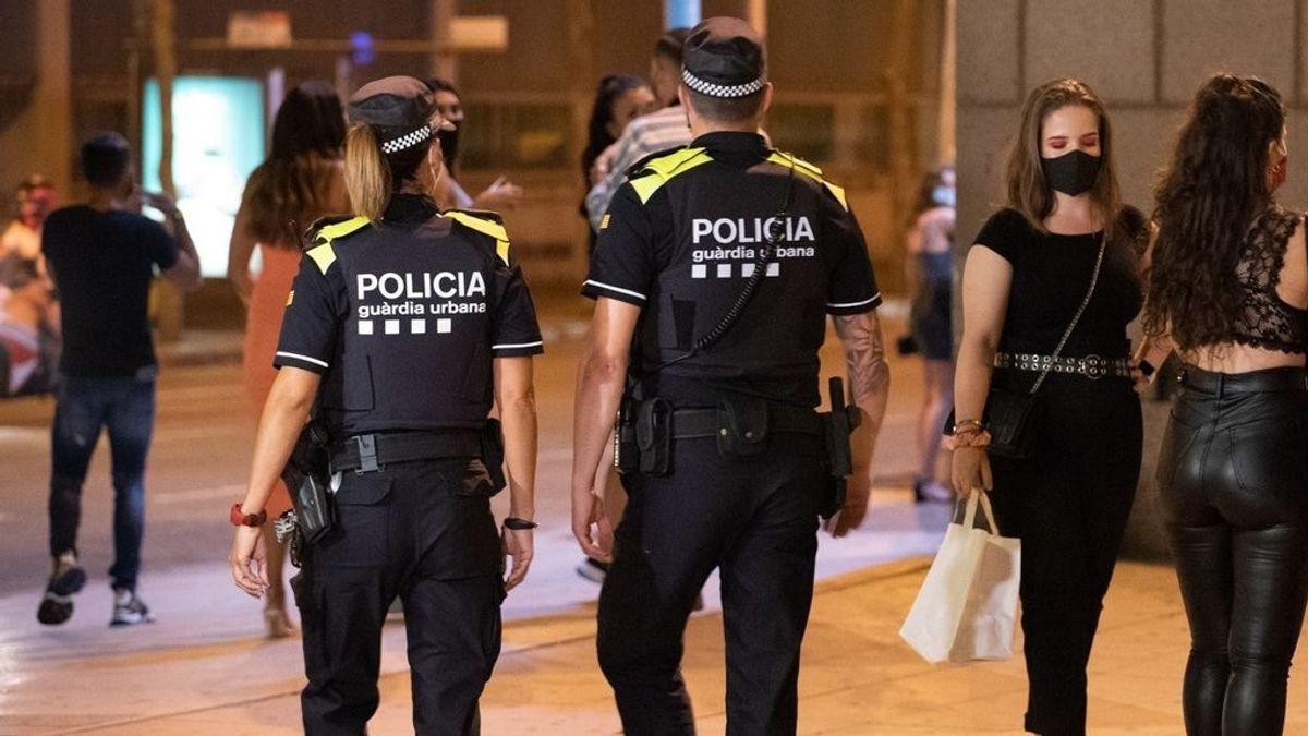 La Guardia Urbana desaloja a más de 500 personas en botellones de Barcelona