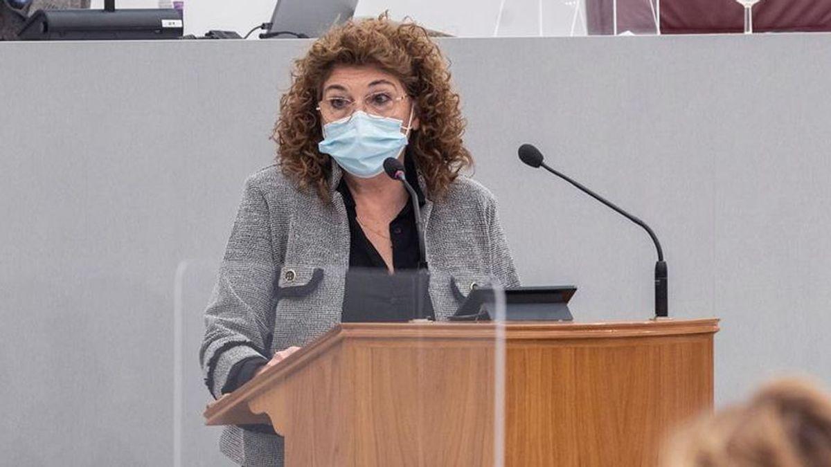 López Miras ficha a la exdiputada de Vox María Isabel Campuzano como consejera de Educación
