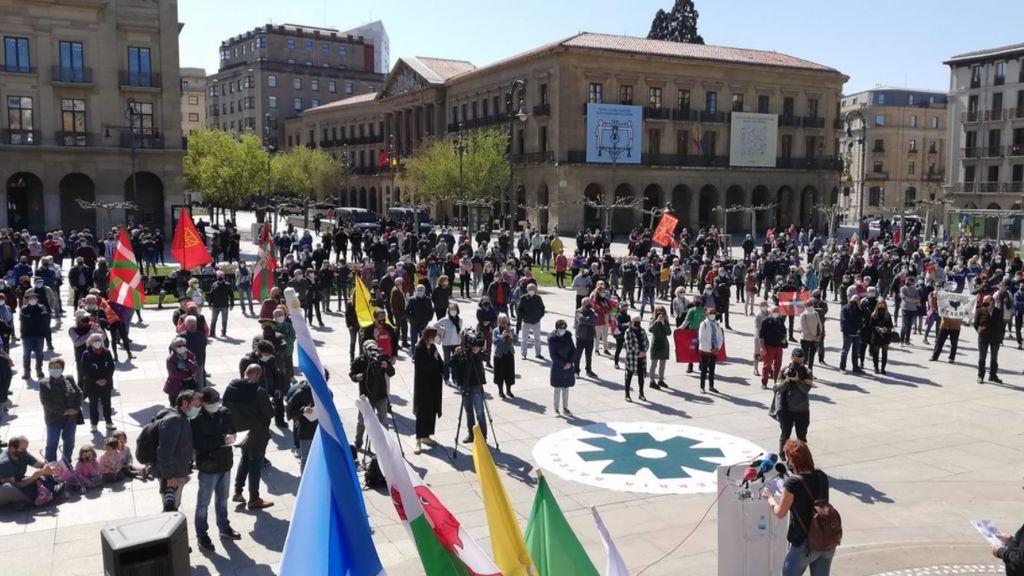 Unas 600 personas celebran el Aberri Eguna en Pamplona y reivindican una Euskal Herria capaz de decidir
