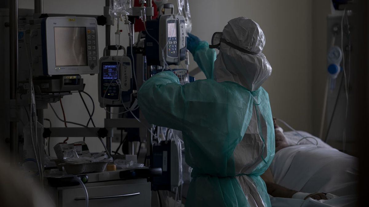 Madrid suma más de 100 hospitalizados por coronavirus hasta los 1.945
