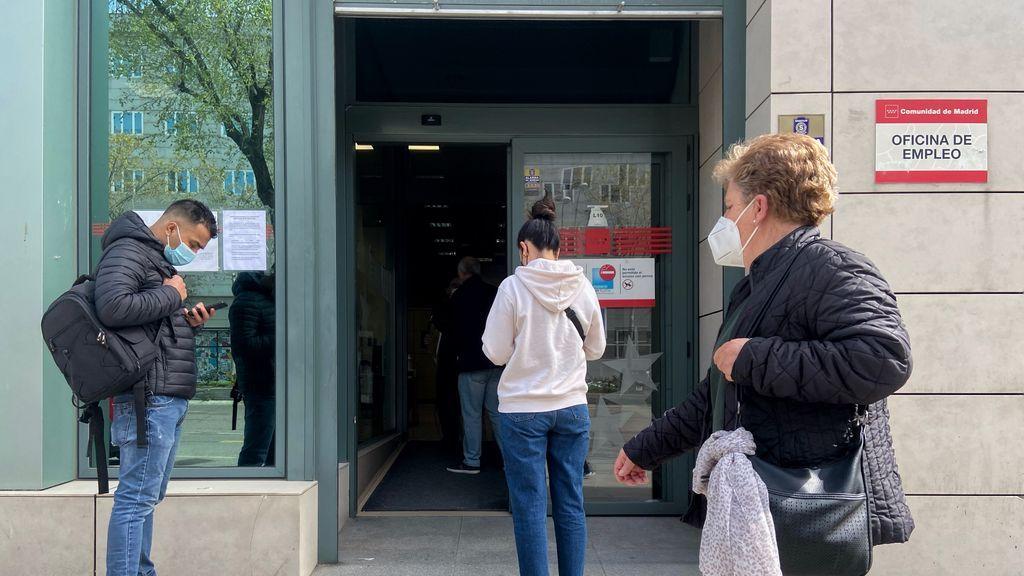 """El SEPE ya ha cerrado las nóminas de marzo y """"miles"""" de"""