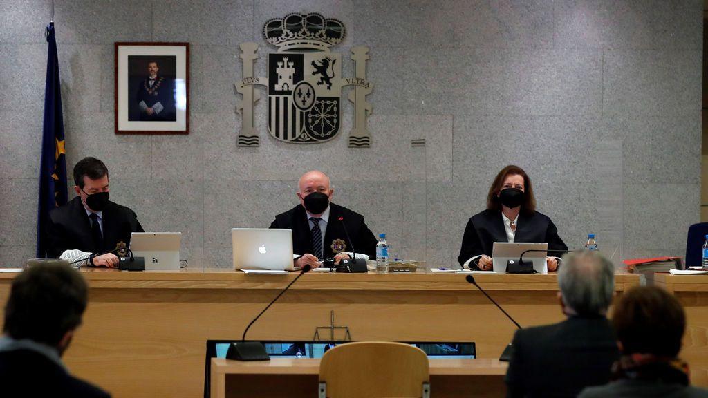 El juicio de los papeles de Bárcenas suspende de nuevo, esta vez por la vacunación del presidente del Tribunal