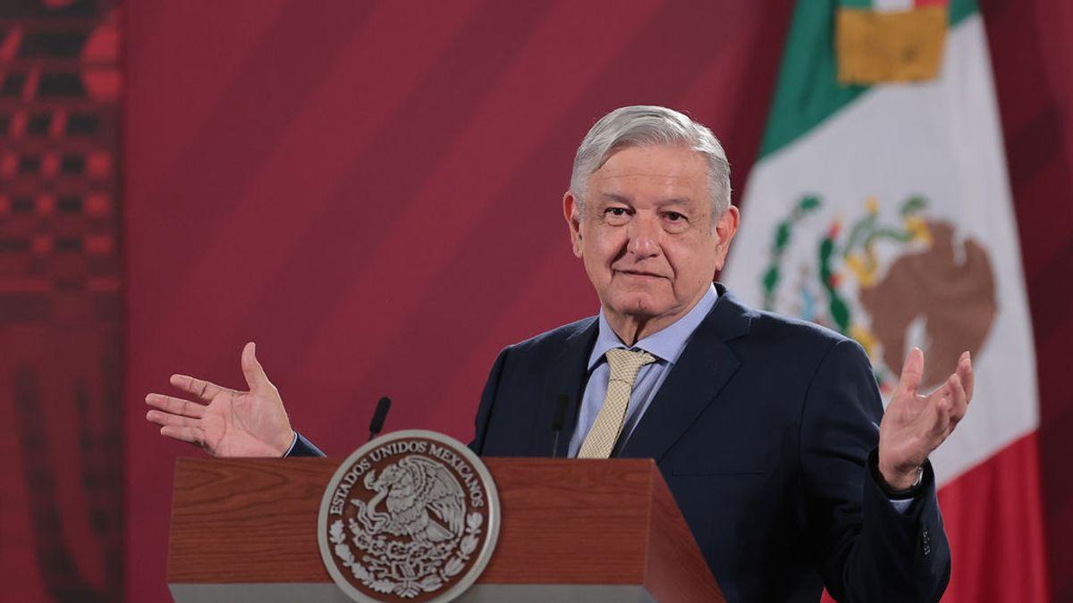 """El presidente de México, López Obrador, cambia de opinión y se vacunará de covid para """"dar ejemplo"""""""