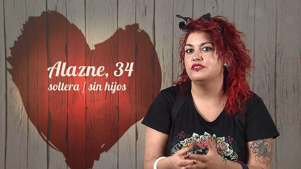 Alazne en el programa de 'First Dates'