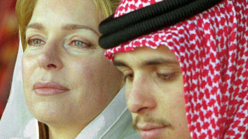 Jordania prohíbe cualquier información sobre el príncipe Hamzah, el hermanastro rebelde del rey Abdalá