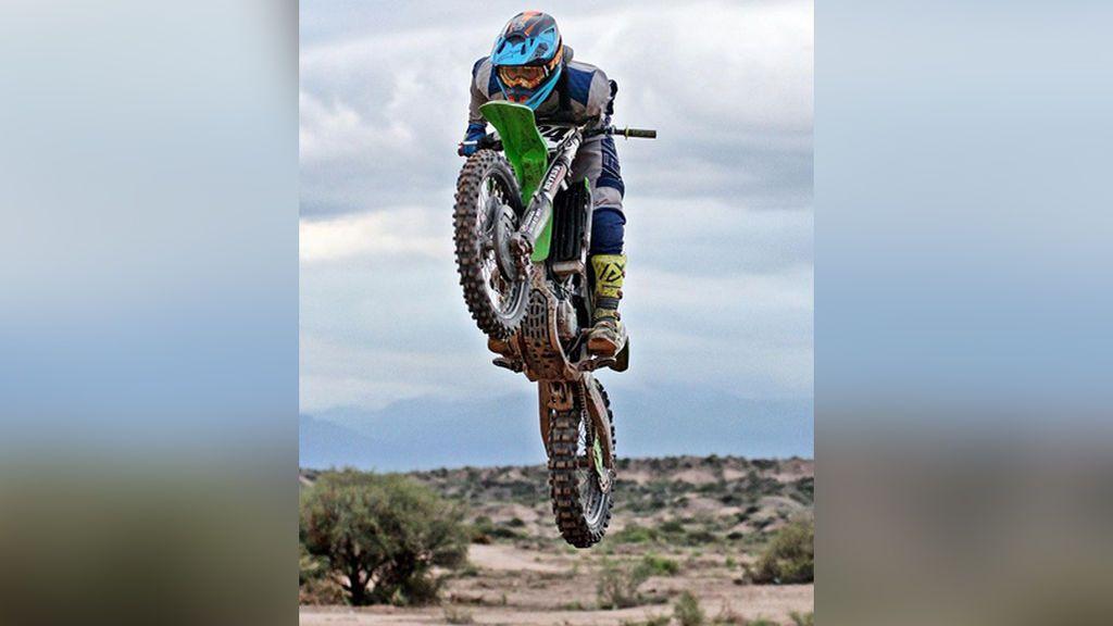 Muere Wey Zapata, el joven piloto de motocross que competía con un solo brazo