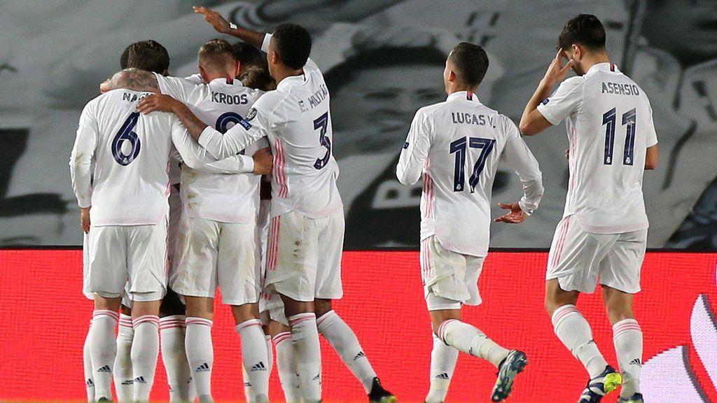 Vinicius lidera al Madrid en Champions y superan con solvencia al Liverpool (3-1)