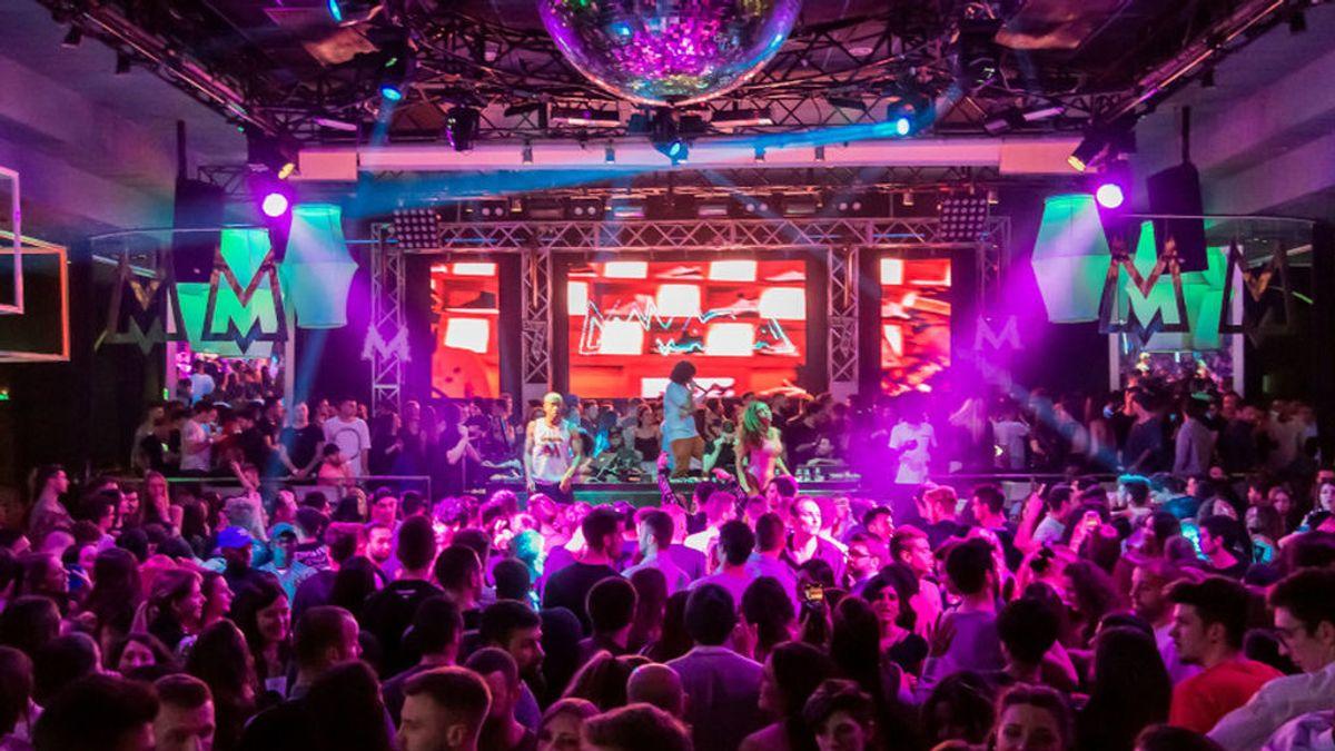 Las discotecas de Sitges quieren repetir el 'experimento' de Love of Lesbian con una noche de fiesta