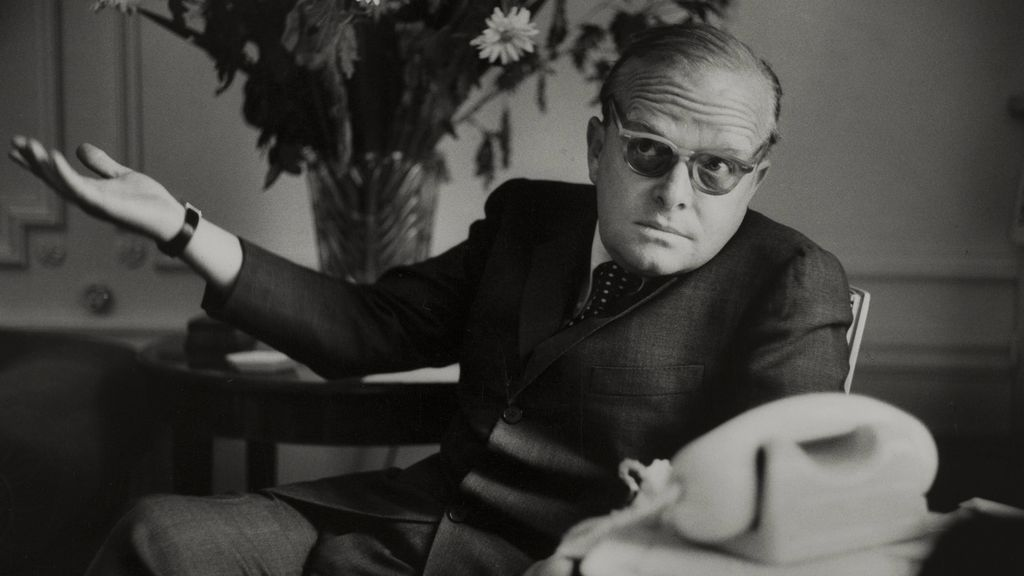 Truman Capote: la historia de la novela inacabada con la que pretendía destripar a la jet set neoyorquina