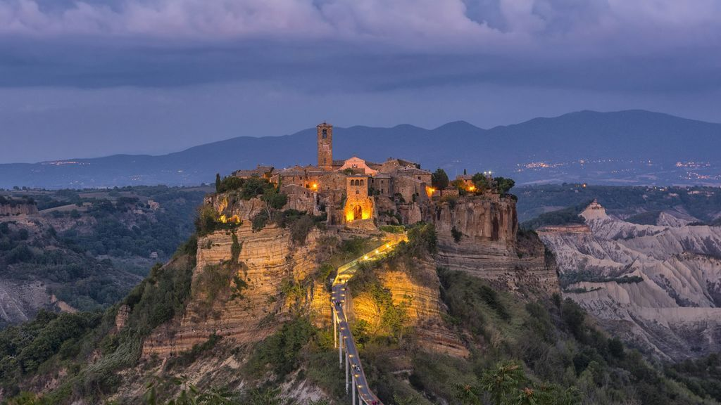 Una ciudad medieval italiana de ensueño se está viniendo abajo
